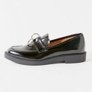 UO Joan O-Ring Loafer - NWOT Size 7B
